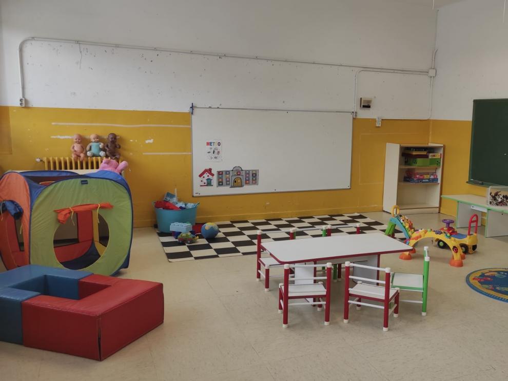 Aula del Colegio Pío XII adaptada a las restricciones de la covid-19 donde los niños de infantil dan clase.