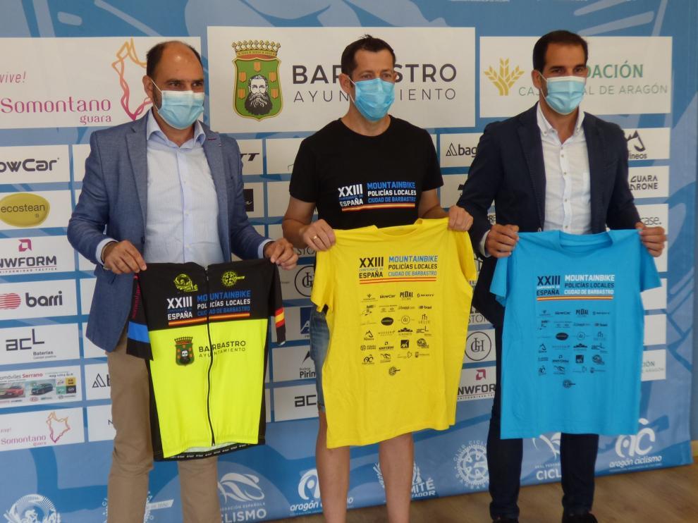 Fernando Torres, Fernando Marín y Daniel Gracia, durante la presentación.