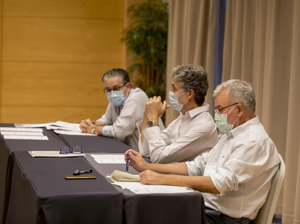 Jesús Montorio, Pachi Giné y Fernando Udina, ayer en la asamblea del club.