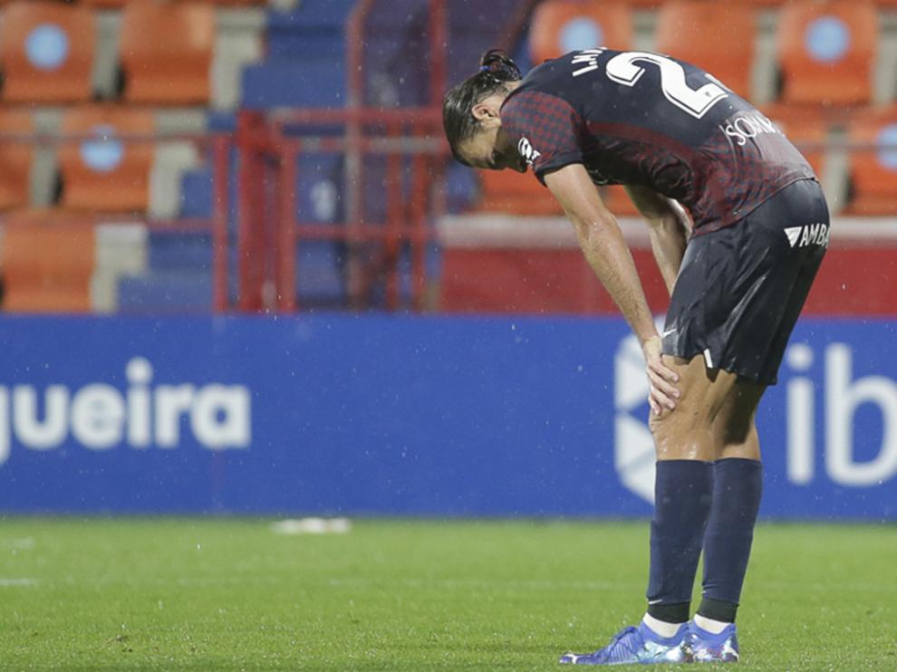 Ignasi Miquel, en gesto de impotencia durante el partido ante el Lugo en el Anxo Carro.