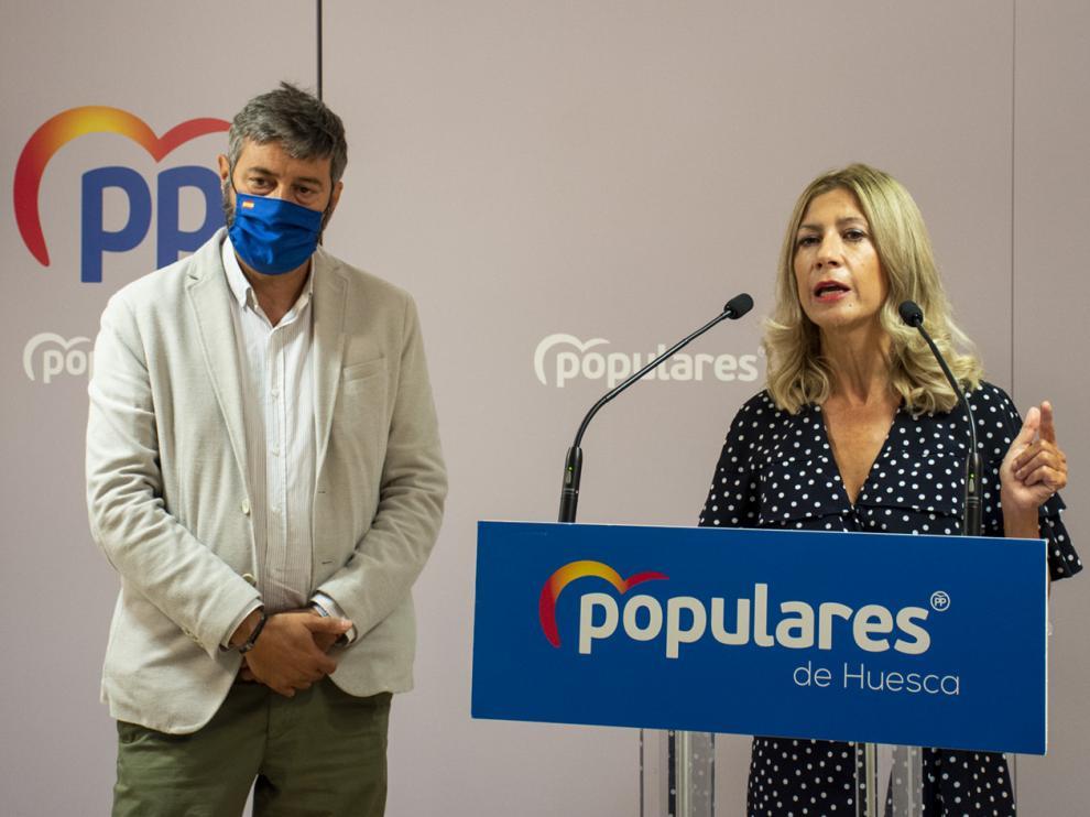 Gerardo Oliván y Mar Vaquero, en la rueda de prensa de este jueves.