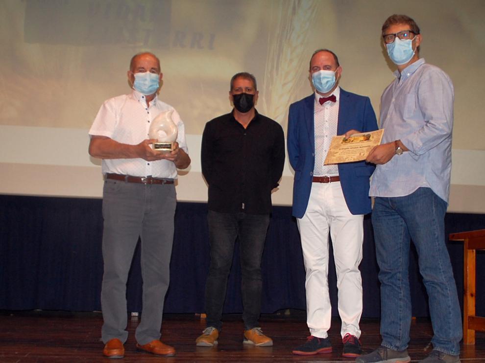 Acto de entrega del Premio Darío Vidal Llisterri al ganadero de vacuno Virgilio Altabás en Femoga.