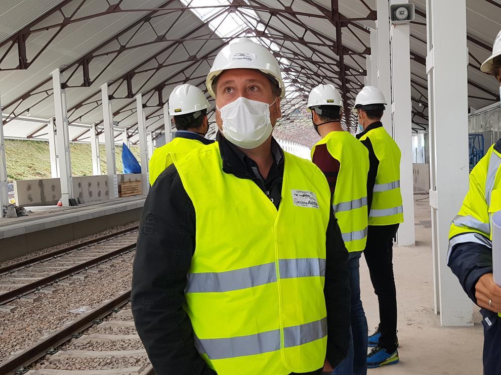 José Luis Soro durante una reciente visita a la estación de Canfranc.
