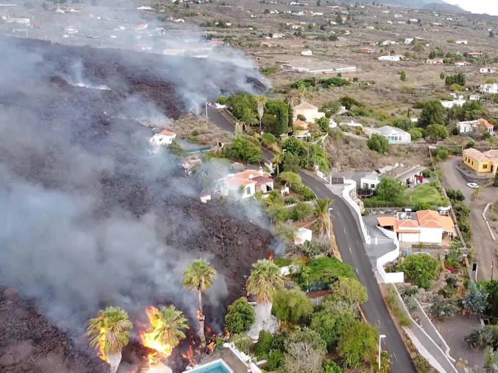Imagen aérea de la lava del volcán en La Palma