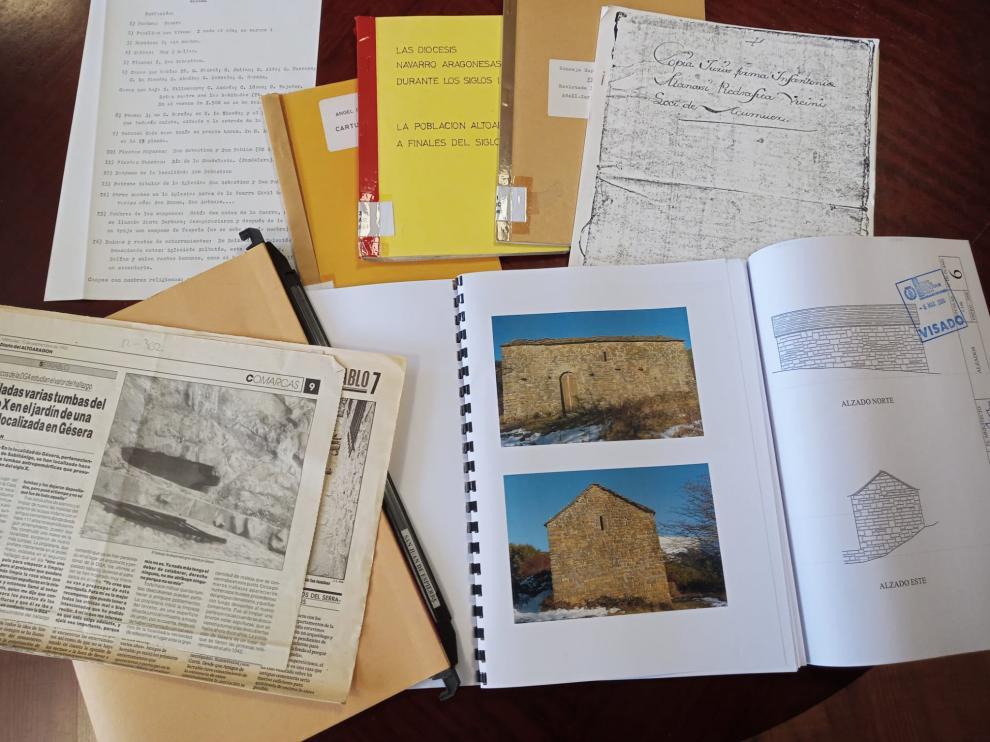 Documentos gráficos propios de la Asociación Amigos Serrablo, de la comarca del Alto Gállego.