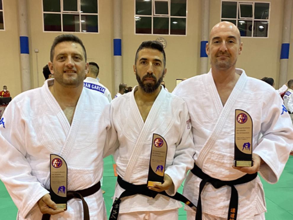 Iván Ruiz, Joseba Díaz y Jesús Ferrando, de la Escuela Judo Samurai.