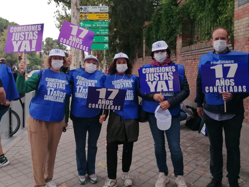 Siete loteros de la provincia se desplazaron ayer a Madrid para sumarse a la protesta.