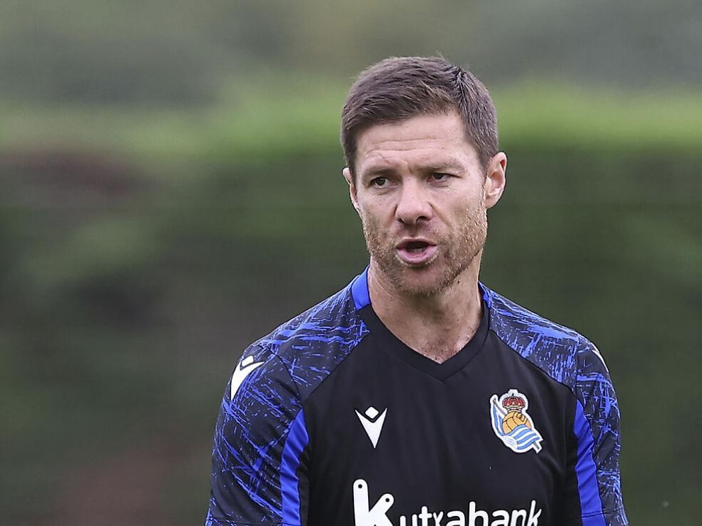 Xabi Alonso entrenador de la Real Sociedad B.
