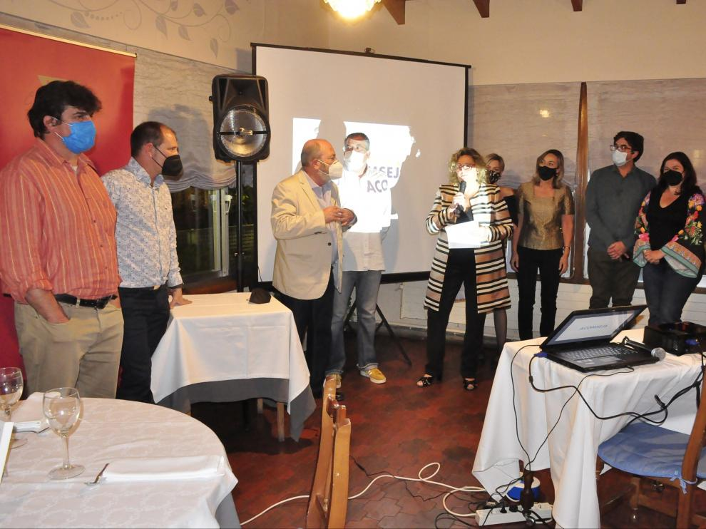 Miembros de la directiva de Acomseja durante la presentación de la campaña.
