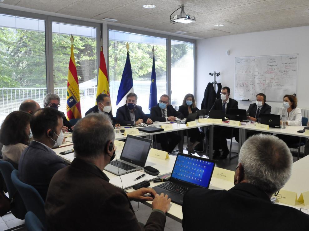 Reunión del comité de seguimiento, ayer en el Laboratorio Subterráneo de Canfranc.