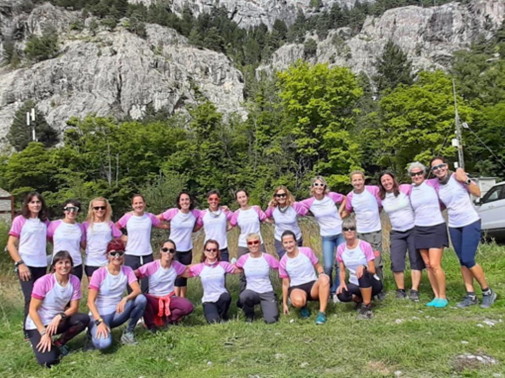 El Encuentro de Corredoras por Montaña se celebró en Panticosa y contó con la participación de veinte mujeres.