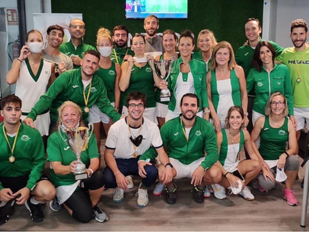 Los equipos del Tenis Osca se llevaron los títulos provinciales en categoría masculina y femenina.
