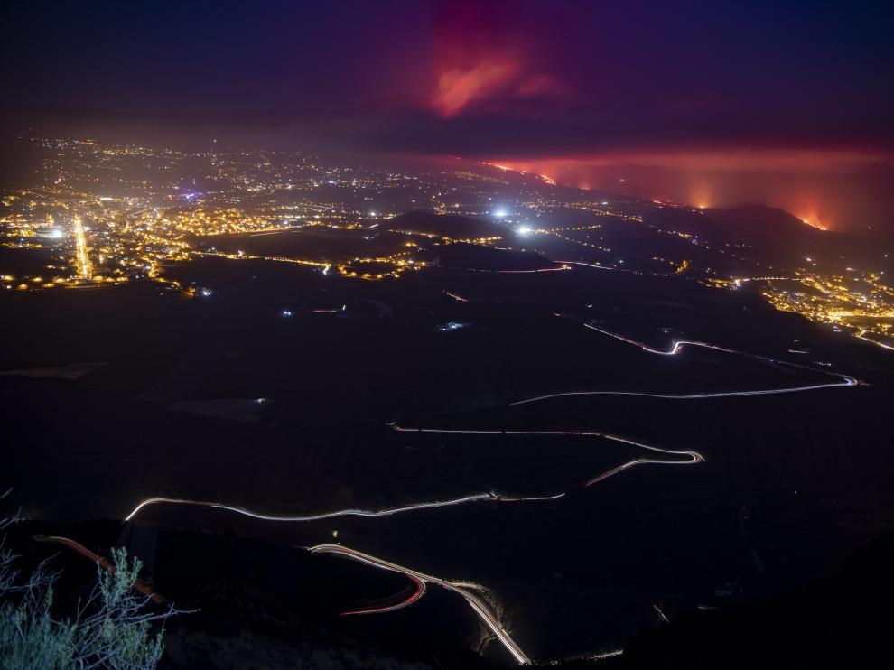 Vista de la colada del volcán a su llegada al océano Atlántico