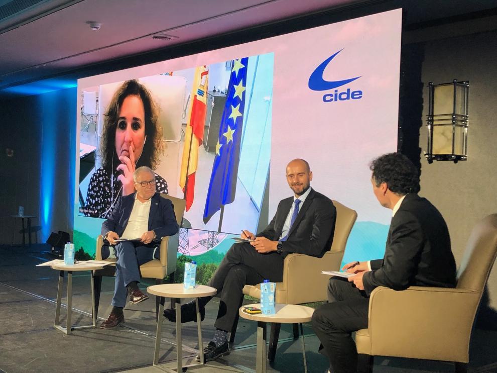 Miguel Gracia, Leonardo Hervás y Oliverio Álvarez, en la presentación del Observatorio de la Descarbonización Rural.