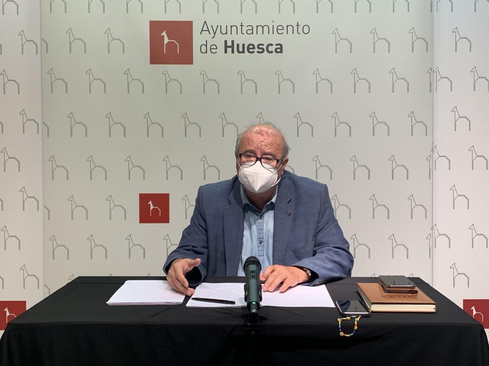 El edil de Hacienda, José María Romance, ha presentado la propuesta inicial de Ordenanzas Fiscales para 2022.