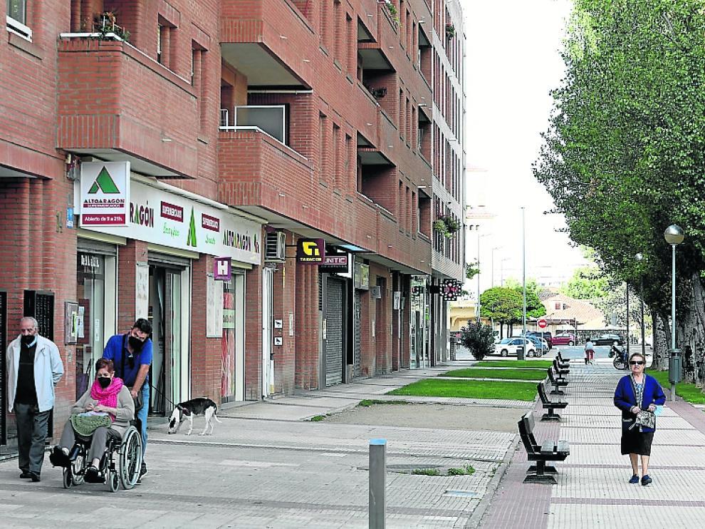 La calle Teruel, la vía más comercial de Los Olivos.