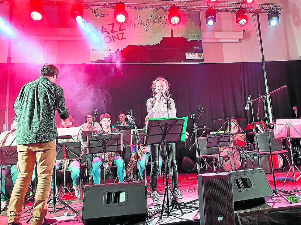 Los jóvenes músicos de Jazz for Kids actuaron en Fonz.