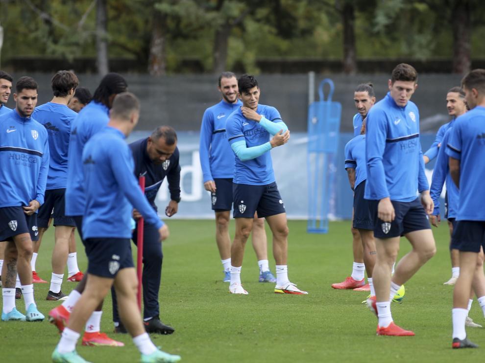 Cristian Salvador ha completado el entrenamiento y apunta a regresar en el derbi.