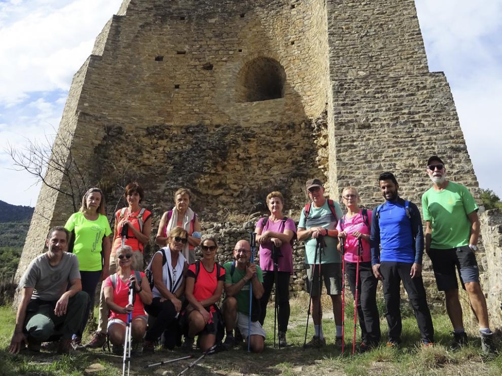 Grupo en la Torre del Castillo del Mon.