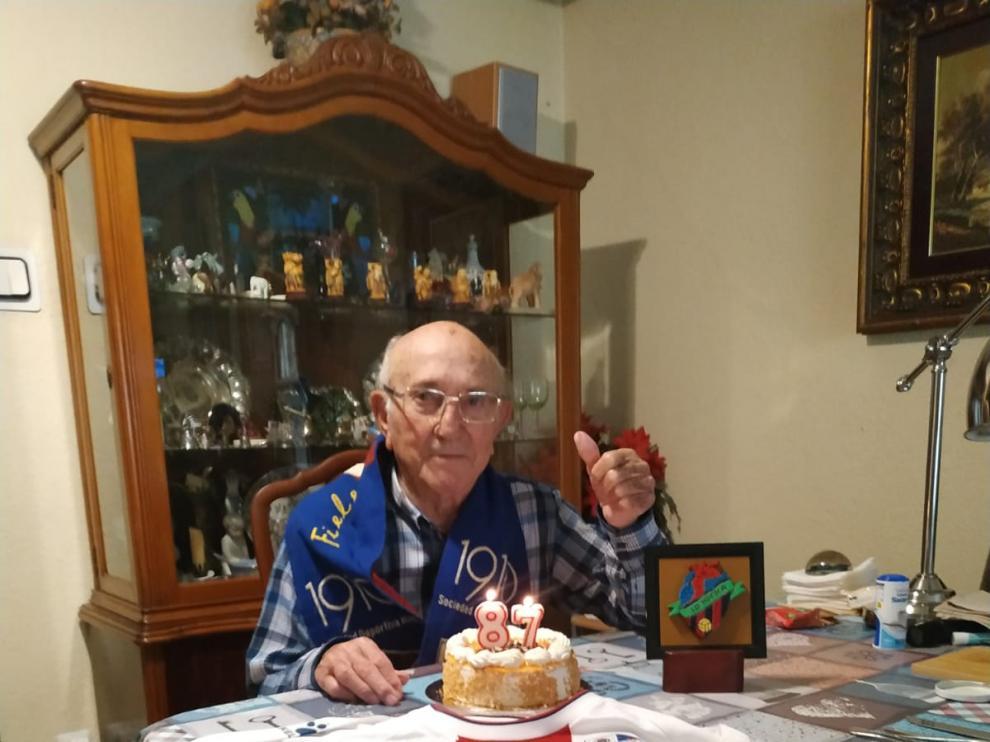 Familiares y amigos despidieron a Paco Solano. En la imagen, el pasado año en su 87 aniversario.