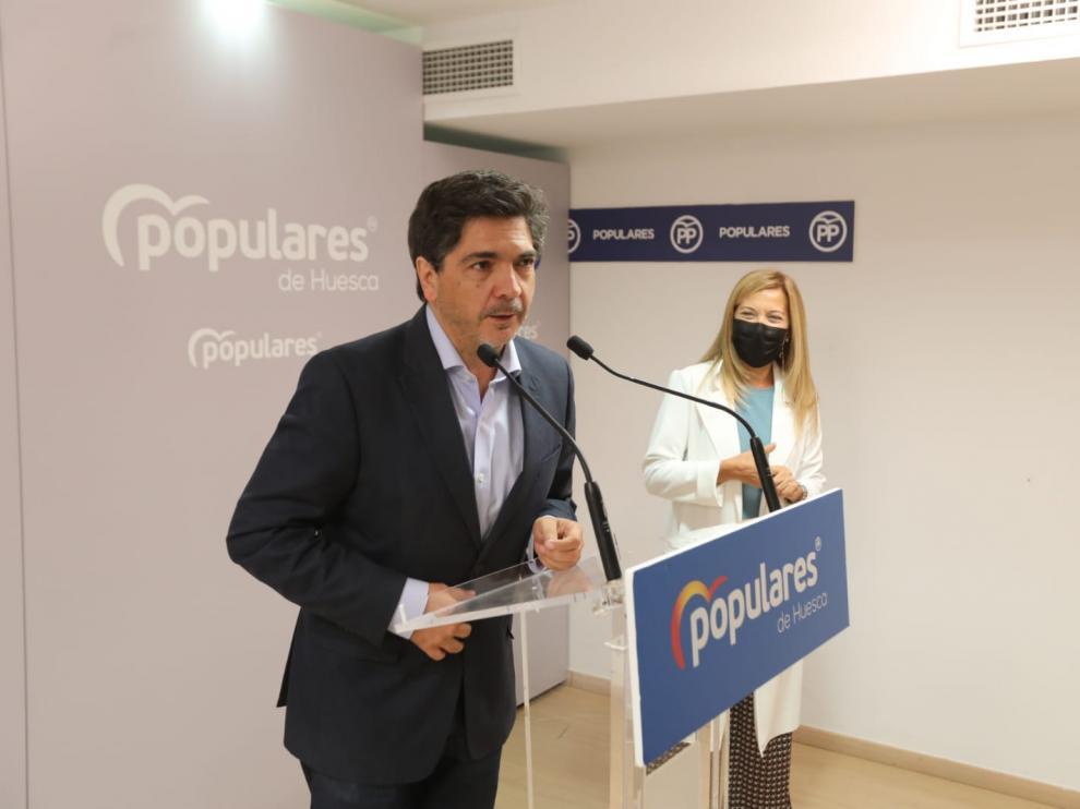 Mario Garcés y Ana Alós, en la rueda de prensa de este viernes.