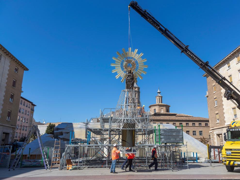 En la Ofrenda de Flores a la Virgen del Pilar participarán 20.000 personas.