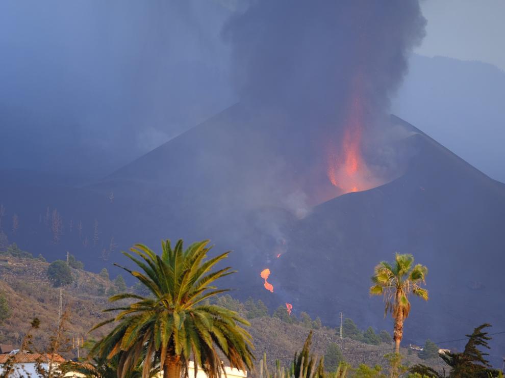 El volcán Cumbre Vieja cumple ya su tercera semana en erupción
