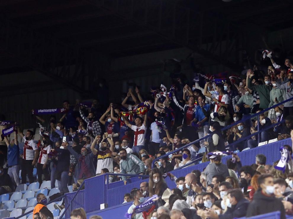 El Huesca volverá a estar acompañado por aficionados en una nueva salida.