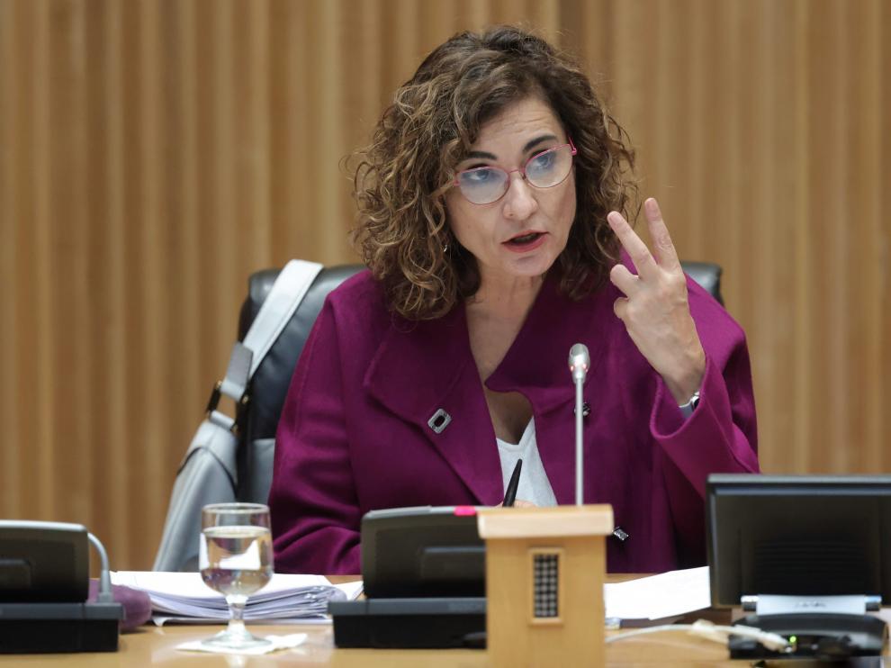 La ministra de Hacienda y Función Pública, María Jesús Montero, en la comparecencia ayer ante los medios.